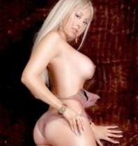Daytona Female Strippers & Exotic Dancers – Sexy Lesbian Strip Show with Toys